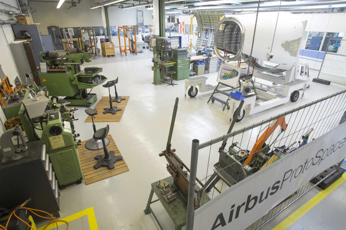 Protospace Werkhalle Corporate FabLab Airbus