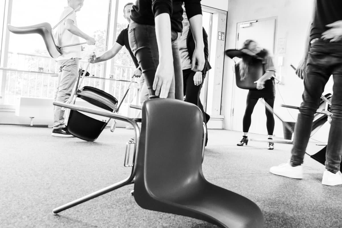 Workshop-Energizer mit Stühlen